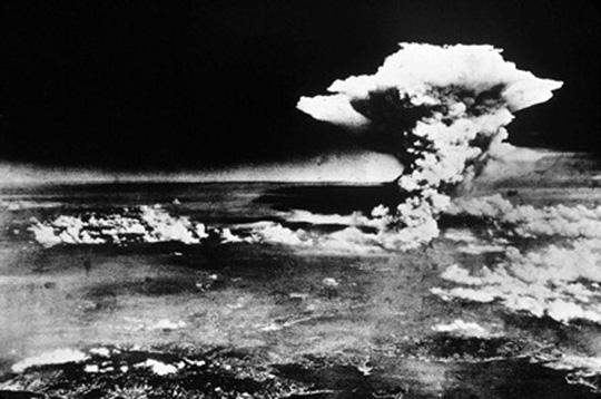Hiroshima, Japão, 6 de agosto de 1945 (Sipa Press).